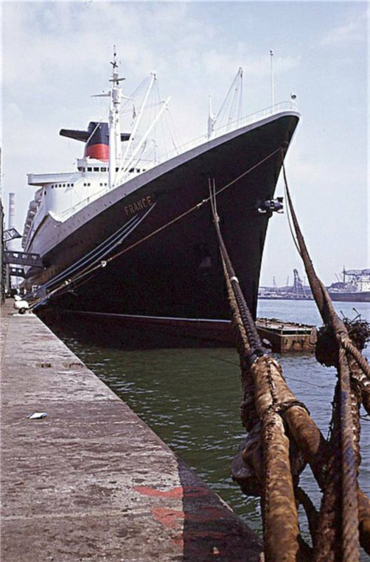 SS FRANCE  en escale LE HAVRE  - SS NORWAY en escale MIAMI