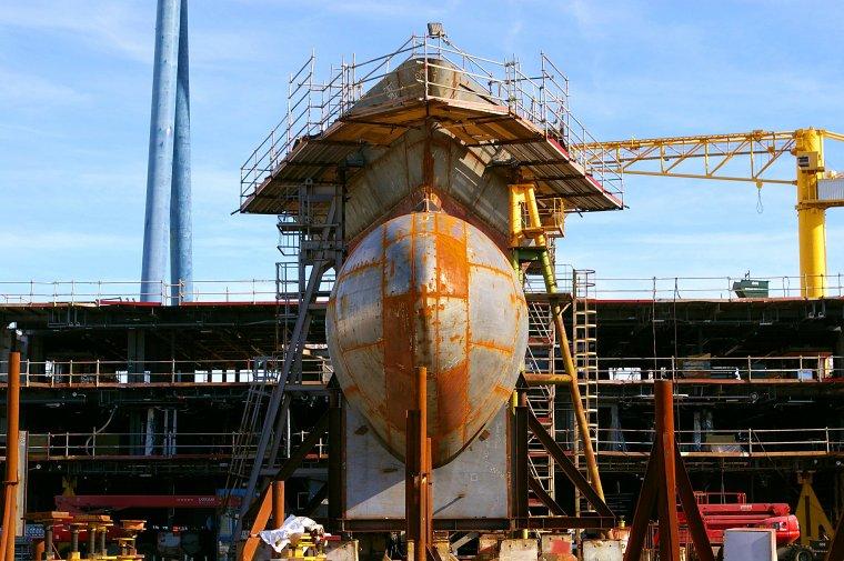 Saint-Nazaire construit des paquebots...