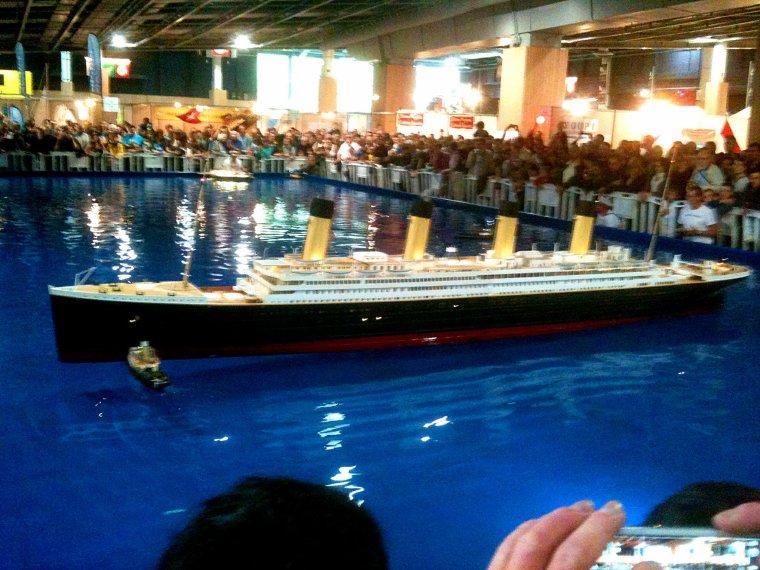 """RMS TITANIC à l""""échelle 1/50° - 5 mètres et 40 centimètres !!!"""