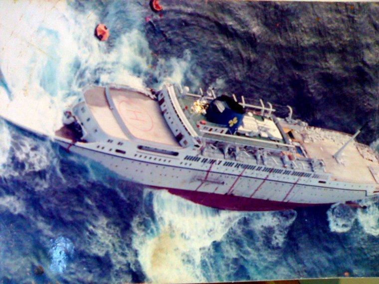 Naufrage du paquebot OCEANOS