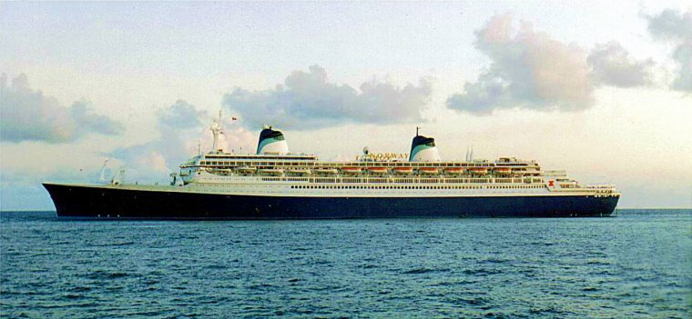 s/s NORWAY  1993  en mer Caraïbes