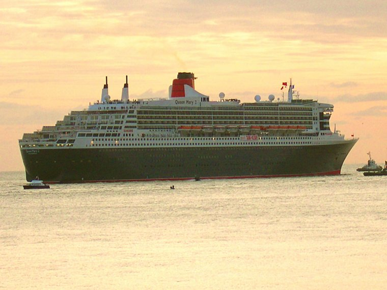 Construction et Mise en service du QUEEN MARY 2