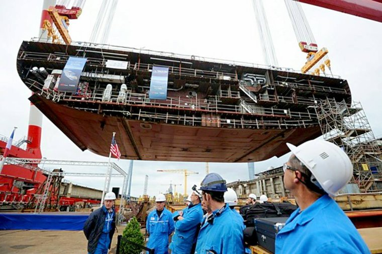 STX FRANCE Saint Nazaire 5 navires à passagers en construction.