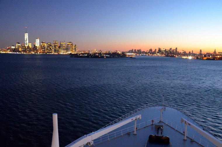CUNARD QM2 175th ANNIVERSARY CROSSING : NEW YORK 14/07/2015
