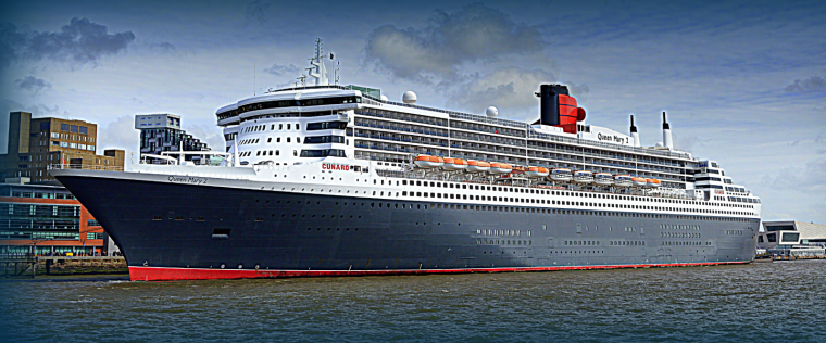 CUNARD QM2 175th ANNIVERSARY CROSSING : LIVERPOOL 04/07/2015