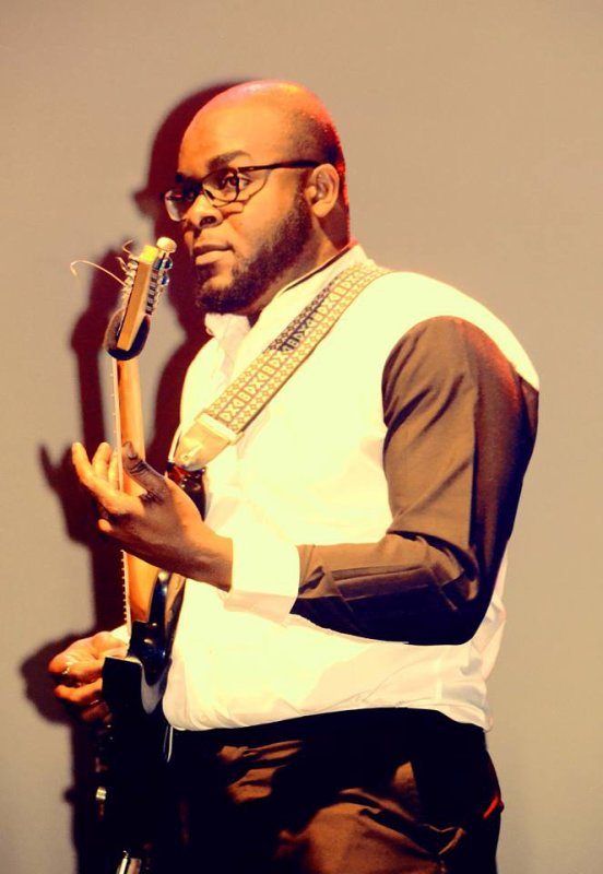 FUXXY TSHIZEB  Concert 'le mondial