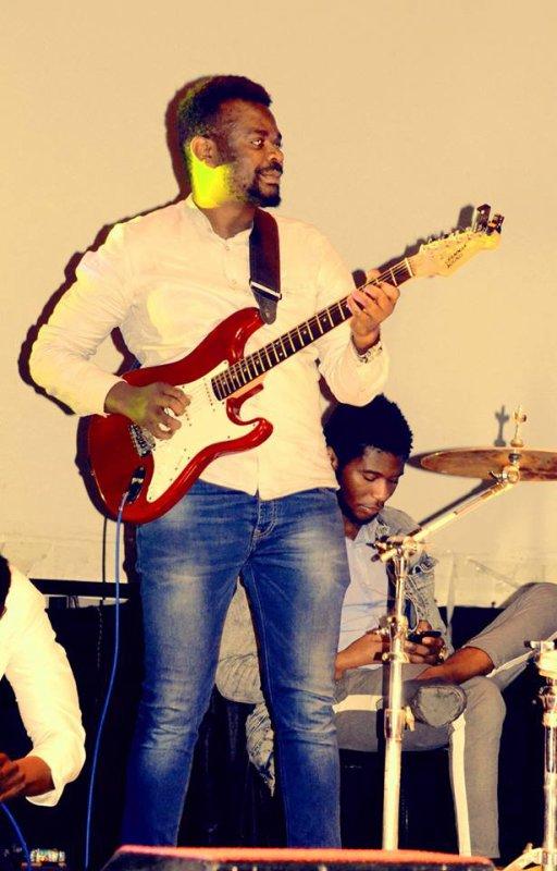 FUXXY TSHIZEB  Concert tn