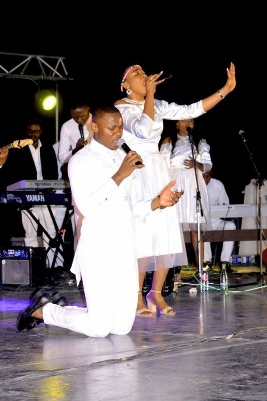 Fuxxy tshizeb concert worship day