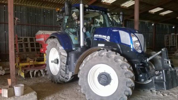 new holland t7.210 blue power de pret