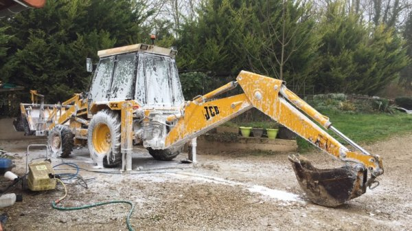 lavage du jcb 3cx