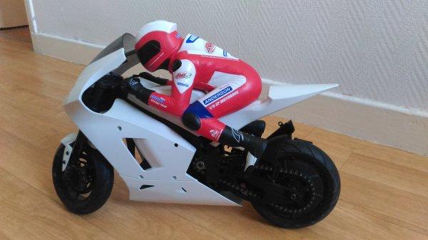 Anderson M5 Race Repsol