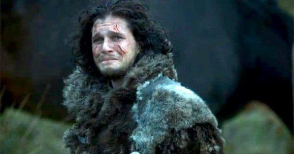 Kit Harington a pleuré en lisant le scénario final de Game of Thrones, ça promet…