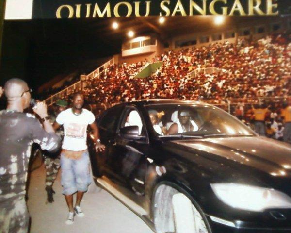 Concert Oumou sangaré  animé par Salim Diallo