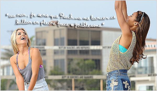 . 15/10/12 : Rochelle , et les filles étaient sur la plage de Los Angeles pour un petit match de Volley Ball , qui ser- vira dans leur télé-réalité «Chasing The Saturdays».(+) Rochelle s'amusait vraiment vu la tête qu'elle fait Mollie est superbe. .