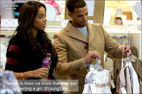 . 28/01/13 : Rochelle et son beau mari Marvin ont été vu à la boutique« Mamas & Papas » de Londres pour déni- cher desvêtementsde petite fille comme vous pouvez le voir. Ils étaient superbes et les tenues sont vraiment très mignonnes. .