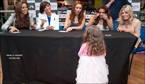 . 15/05/12 : Rochelle et les filles étaient au magasin HMV de Glasgow pour uneséancede dédicace de 30 Days. Je trouve que les filles étaient superbes comme toujours, et plus particulièrement Vanessa, Rochelle ainsi qu'Una. article flash-b .