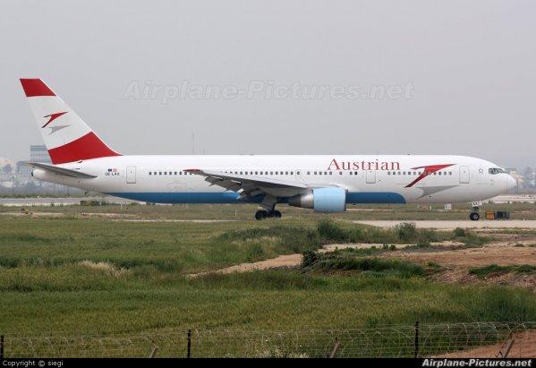 austrian airlines Fokker F70 , boeing 777 et boeing 767