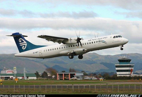 New Zealand ATR 72 , boeing 747 et a 320