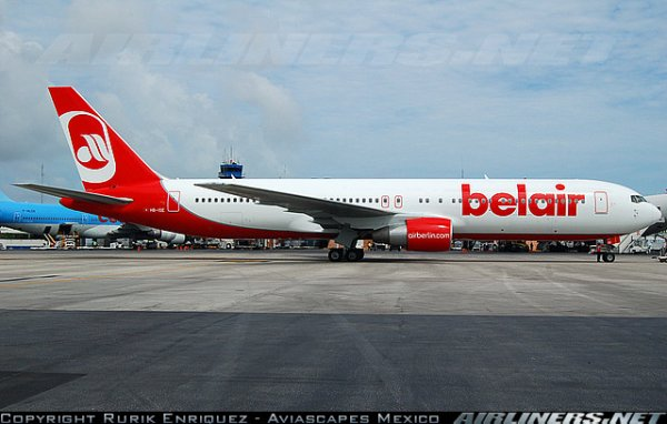 boeing 767 , a 330 et fokker 100 air berlin