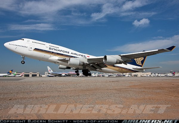 boeing 777 , a 340 et boeing 747 Singapore Airlines