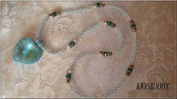 Sautoire coeur turquoise