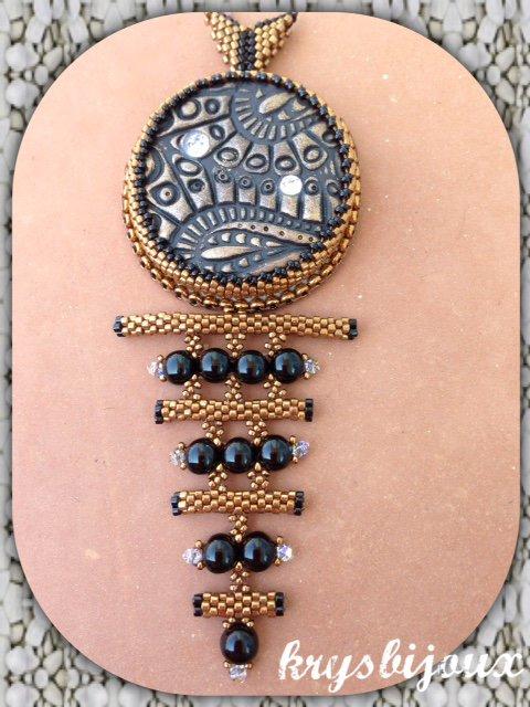 N° 1 Pendentif Layla noir et bronze