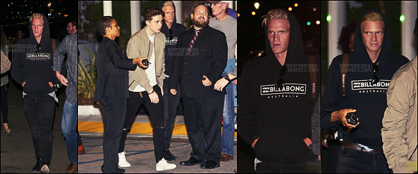 27/10/16 - Cody Simpson et son ami Brooklyn Beckham ont été vus quittant le concert de Kanye West - à Inglewood, CA. Très peu de photos sont disponibles, c'est dommage, néanmoins on est toujours contents de revoir Cody avec Brooklyn. Côté tenue, top !