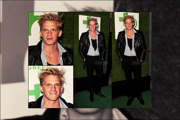 22/02/17 - Notre blondinet Cody Simpson s'est rendu à la soirée annuelle Global Green Pre Oscar - dans  Los Angeles.  On enchaîne les sorties à très peu de photos et les news se font vraiment rares néanmoins Cody garde toujours son style habituel, un top !