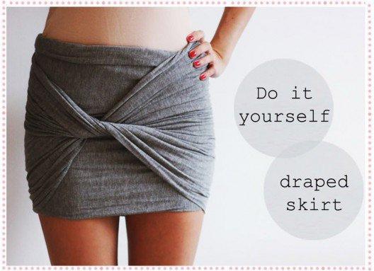 DIY - Transformer une écharpe en mini jupe en 15 sec.