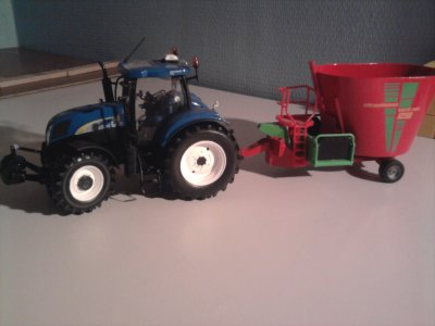 new holland 6090 avec desileuse
