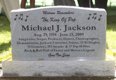 La tombe de Michael Joseph Jackson
