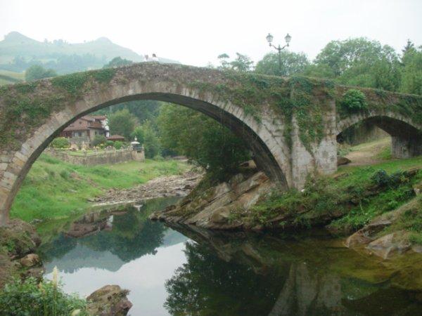 BELLES ARCHITECTURES DE LA REGION DE LAREDO