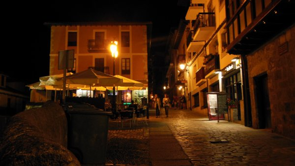 LES RUELLES DE LAREDO BY NIGHT