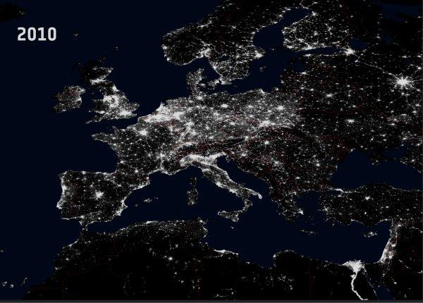 POLLUTION LUMINEUSE SUR L'EUROPE de 1992 à 2010