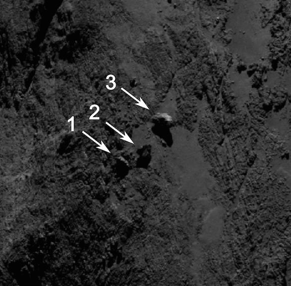 ROSETTA INFO DIRECT : LUNDI 18 MAI 2015 : 16h NOUVELLES IMAGES de la comète Comète 67P/C-G prise par la caméra OSIRIS de la sonde ROSETTA avec un gros plan sur trois énormes blocs rocheux! (Source ESA-CNES)