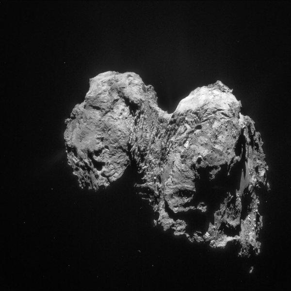 ROSETTA INFO DIRECT : DIMANCHE 7 FÉVRIER 2016 : 20h L'IMAGE DU JOUR : La caméra NAVCAM de la sonde ROSETTA a pris cette image le 28 janvier 2016, à 67.6 km de la comète 67 p / Churyumov-Gerasimenko. (Sources ESA-CNES)