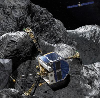 ROSETTA INFO DIRECT : VENDREDI 12 FÉVRIER 2016 : 11h30 : MINCE ESPOIR D'ÉTABLIR UNE LIAISON AVEC PHILAE ! L'espoir de recevoir des signes de vie du petit robot Philae est minime. En effet, l'orbiteur Rosetta se rapproche régulièrement de la comète Tchoury. La distance qui les sépare aujourd'hui est de 50 km. Plus cette distance diminue, plus les chances de rétablir le contact augmentent. En revanche, la comète s'éloignant rapidement du Soleil, l'énergie reçue sur les petits panneaux solaires de Philae diminue inexorablement.  Une tentative de communication pourrait avoir lieu si un survol rapproché de l'orbiteur au-dessus du site Abydos avait lieu dans quelques semaines, mais rien n'est moins sûr car cela pourrait mettre en danger l'orbiteur Rosetta. Quoiqu'il arrive, Philae sera parvenu à effectuer 80% des opérations scientifiques qu'il était censé conduire à la surface de Tchoury, un résultat exceptionnel.  Pour Philippe Gaudon, responsable du SONC, le centre de contrôle de Philae au CNES de Toulouse, la surveillance continue. Mais que fait-on de toutes ces données collectées par Philae depuis son atterrissage sur la comète le 12 novembre 2014 ? Comment sont conservées les données relatives à Philae et à ses instruments ?  Philippe Gaudon : Il y a un archivage à plusieurs niveaux. Jusqu'à fin 2017, nous stockons ici, au SONC, les données collectées par tous les instruments de Philae et elles sont accessibles aux équipes scientifiques impliquées dans la mission. Nous préparons par ailleurs les archives également disponibles dans le PSA (Planetary Science Archive) de l'ESA, puis, et c'est une première pour une mission spatiale européenne, dans le PDS (Planetary Data System) de la NASA. Les scientifiques du monde entier pourront donc y accéder durant des décennies. Il n'y aura pas seulement les données des instruments, mais également les éléments de contexte permettant de connaître la configuration de bord, quels instruments fonctionnaient à tel moment, quelle était 