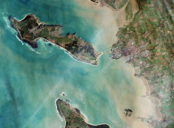 L'IMAGE DU JOUR : La Rochelle, préfecture du département Charente-Maritime, figure avec ses environs sur cette image prise par Sentinelle-2A.