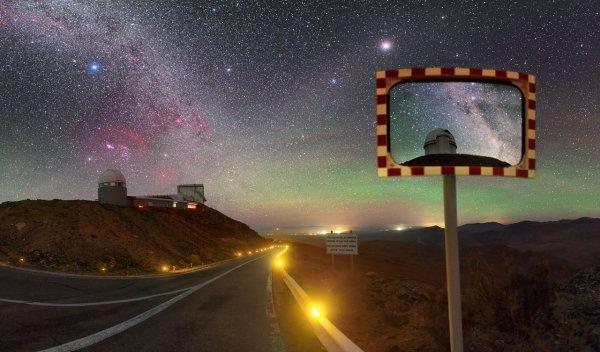L'IMAGE DU JOUR : L'OBSERVATOIRE DE LA SILLA au Chili : Un tableau dans une photo, par le photographe Petr Horálek. (Sources : PH-ESO Astronomy)