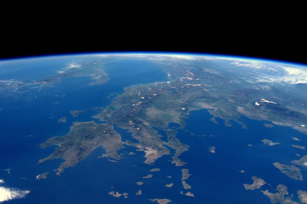 L'IMAGE DU JOUR : Les Îles grecques vues d'espace depuis la Station Spatiale Internationale, toujours une photo de l'astronaute de l'ESA Tim PEAKE. (Source NASA-ESA)