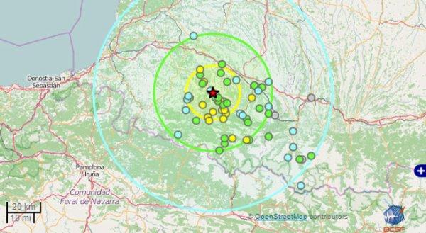 ALERTE TREMBLEMENT DE TERRE DANS LES HAUTES-PYRÉNÉES : Ce mercredi 11 mai 2016 à 12h45, un séisme de magnitude 4.2 sur l'échelle de Richter a été relevé près d'Oloron Sainte Marie dans les Pyrénées-Atlantiques. Et un second à 14h20, séisme légèrement plus faible de magnitude 3.6 s'est produit près de Bagnères de Bigorre. Ces deux tremblements de terre ont généré des secousses qui ont été ressenties à plusieurs dizaines de kilomètres alentours entre Hautes-Pyrénées et Pyrénées-Atlantiques. Il faut rappeler que les Pyrénées sont situés sur une zone sismique. Ces territoires sont souvent touchés par des secousses sismiques d'intensité modérée ou faible parfois accompagnées de répliques. Le dernier recensé avait eu lieu, le 25 avril 2016, dans la même zone des Pyrénées-Atlantiques entre Pau et Oloron Saint Marie. Sa magnitude était de 4 sur l'échelle de Richter. (Sources BCSF)