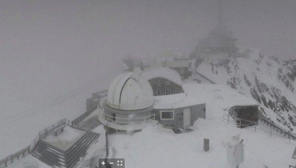 L'IMAGE DU JOUR : Tempête de vent sur les Pyrénées,159 km/h au Pic du Midi aujourd'hui !