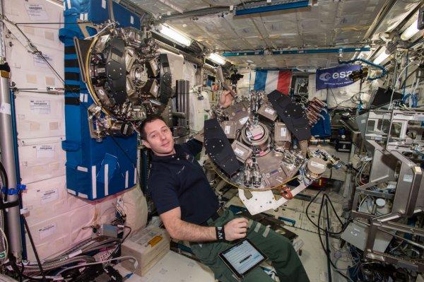 MISSION PROXIMA avec Thomas PESQUET : 27 Mai 2017. J-7 : DERNIÈRE SEMAINE POUR THOMAS PESQUET DANS L'ISS !! (Sources ESA-TP)