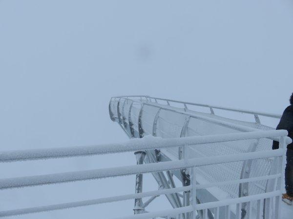 DE RETOUR AU SOMMET DU PIC DU MIDI POUR MA TRENTIEME MISSION… du pur bonheur, mais que de neige ! Amis lourdais et d'ailleurs, bonne soirée !