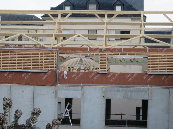 LE POINT SUR LES TRAVAUX du nouveau collège Saint Joseph Peyramale, photos du 11 Décembre 2018, avec le futur pôle « ESPACE ASTRONOMIE » de l'ASTRO CLUB LOURDAIS. La coupole de 5 mètres de diamètre est arrivée, ce qui fera du Collège-Lycée Peyramale St Joseph, le premier établissement scolaire de France à posséder un PLANÉTARIUM !