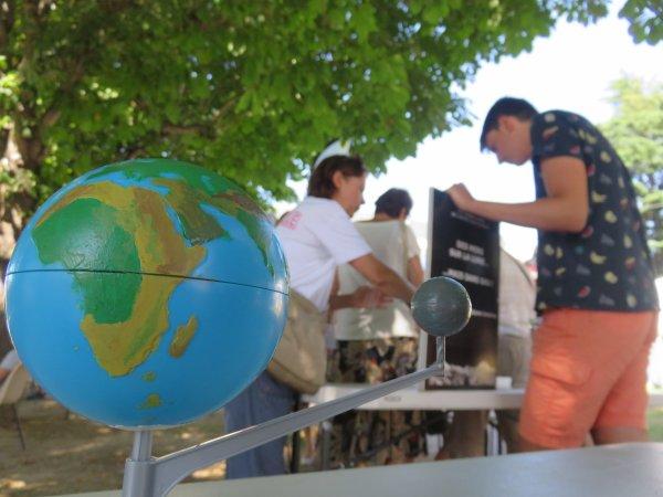 FESTIVAL NIGHTSCAPADES, depuis le Palais des congrès avec les jeunes de l'Astro Club Lourdais. Nouvelle journée d'animation avec toujours une super équipe, et du public... Reportage photos en images