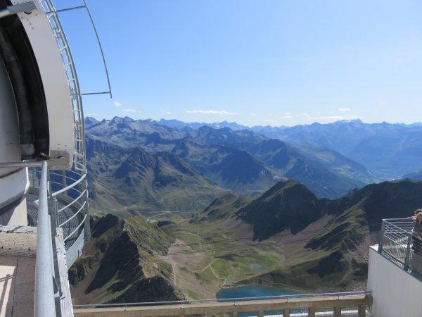 UNE BIEN BELLE JOURNEE D'OBSERVATION au sommet de ce fabuleux observatoire du Pic du Midi, dès le lever du Soleil ! La journée en images...
