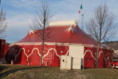 Chapiteaux du Rudi Llata Circus