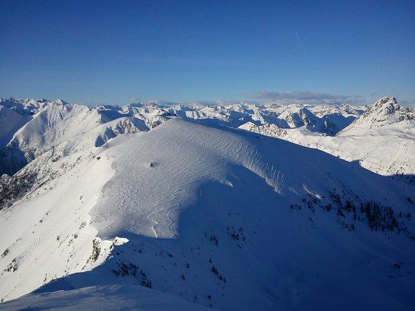 Les Alpes depuis la Cime de Sistron 2603m