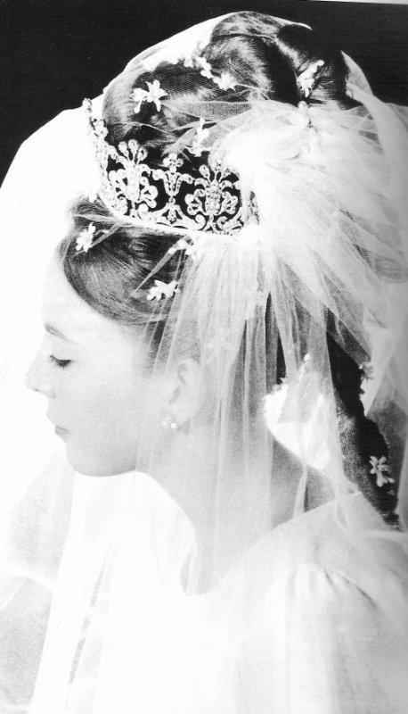 Royal Chignons _ Suite